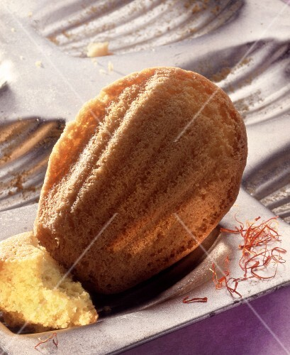 A saffron madeleine (close-up)