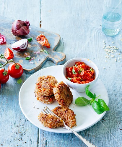 Wholemeal rice fritters with tomato salsa