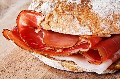 A ham roll