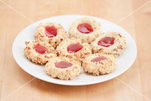 Thumbprint Cookies (Nussplätzchen mit Marmelade)