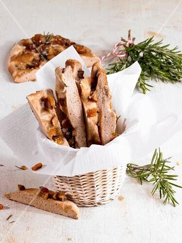 Unleavened chestnut, raisin and rosemary bread