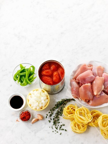 Chicken, pasta, tomatoes, peppers and spices