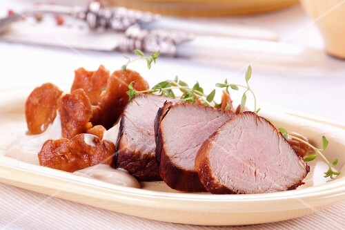Pork fillet with chanterelle mushrooms