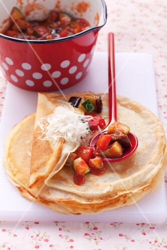 Pancake with vegetable filling