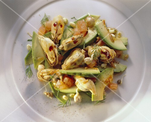 Clam Salad with Sprouts and Avocado