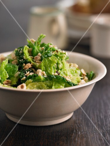 Savoy cabbage with nuts