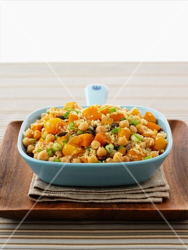 Couscous with chickpeas and pumpkin