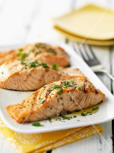 Fried salmon fillets