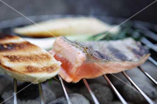 Grilled fish fillets