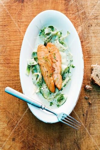 Salmon fillet with wild garlic sauce