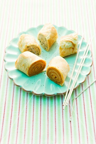 Spicy panckae rolls