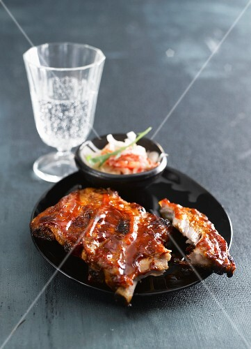 Marinated pork ribs with cabbage salad (Asia)
