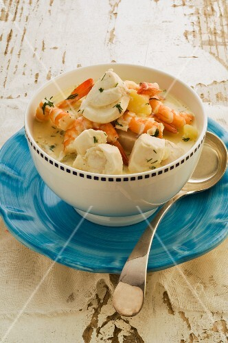 Fish soup with scampi