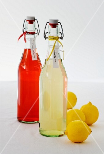 Home-made lemonade and cranberry juice as gifts