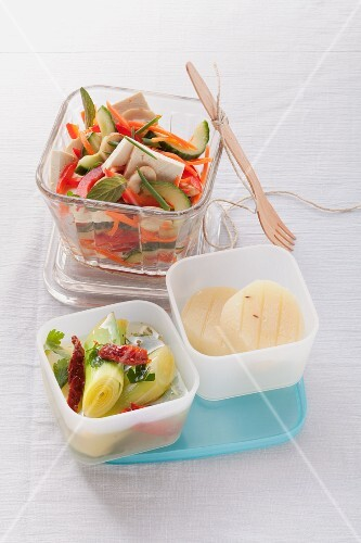Marinated vegetables with tofu and Harz cheese and marinated leeks with dried tomatoes
