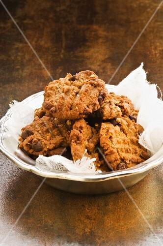 Nut choc cookies