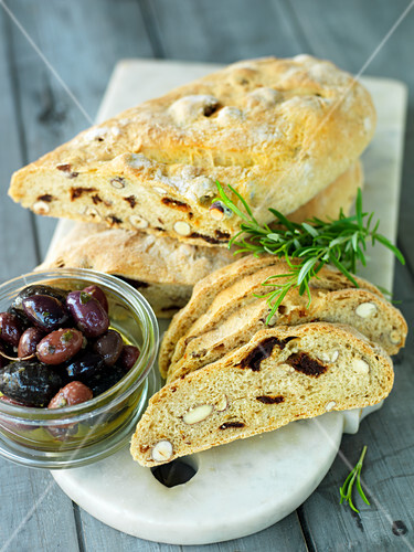 Olive bread with nuts