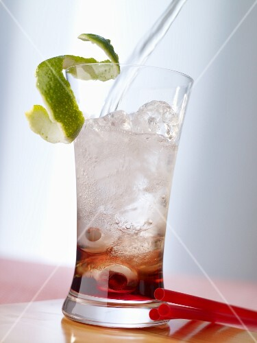 'Vinyl Sunset' (cocktail with absinthe)