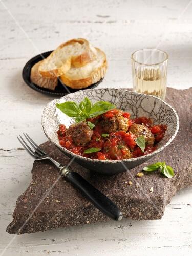 Polpette al sugo (meat balls with tomato sauce, Italy)