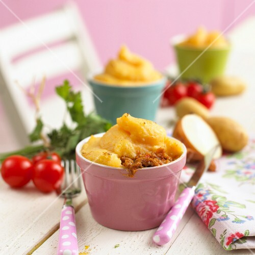 Cottage pie with sweet potatoes (children's dish)