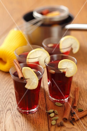 Grog - rum with redcurrant juice, cinnamon and lemon