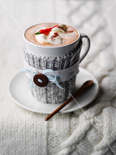 Hot chocolate with cream and a chilli pepper