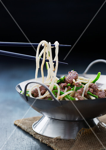Stir-fired beef with noodles