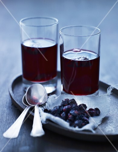 Glogg (Scandinavian mulled wine) with rosehips