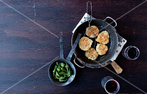 Totillitas de camarones (Spanish crab cakes made with chickpea flour)