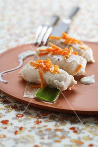 Nasello con salsa delicata (hake in a vegetable broth)