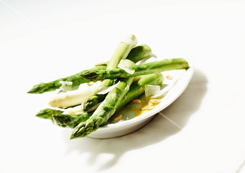 Asparagus with Parmesan and pine nuts
