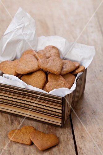 Gingerbread biscuits in a box