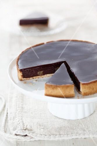 Chocolate pie, sliced