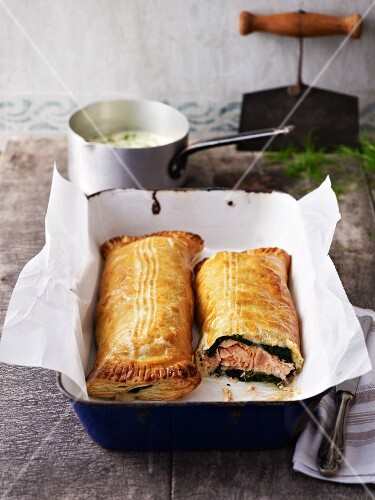 Salmon and spinach roulade
