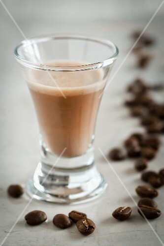 Coffee liqueur and coffee beans