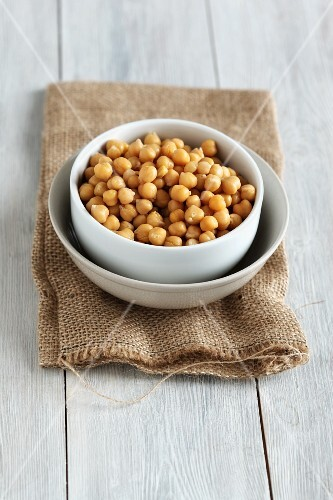A bowl of chickpeas