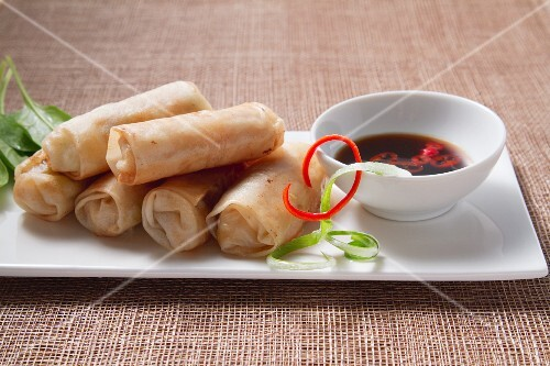 Spring rolls with soy-chili dip