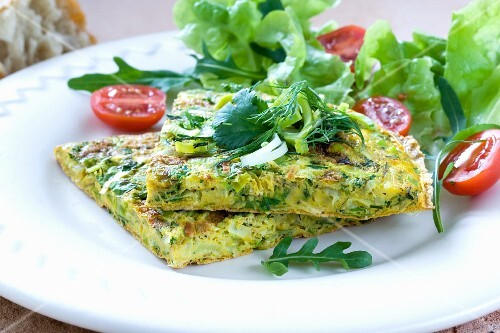 Frittata with leek and a side salad