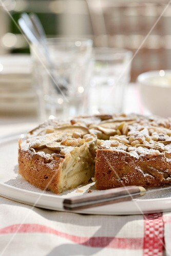 An apple and pine nut cake