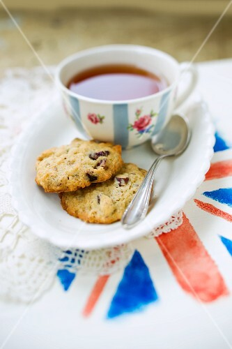 Cranberry cookies and a cup of tea