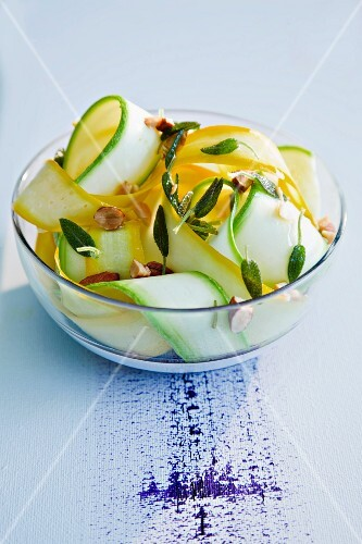 Courgette salad with sage and nuts