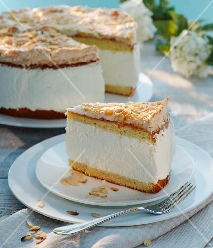 Elderflower cake with slivered almonds