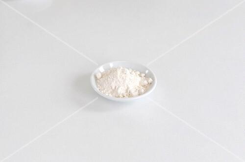 A dish of wheat flour
