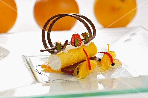 Quark mousse in saffron cannelloni with citrus fruit ragout