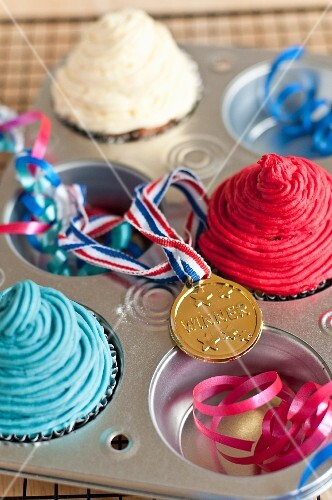 Cupcakes and a medal (England)