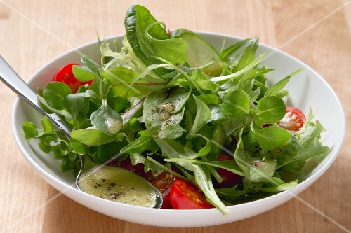 Lambs lettuce salad with vinaigrette
