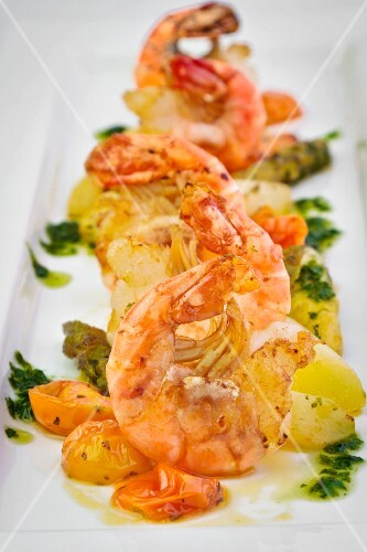 Prawns with tomatoes and potatoes