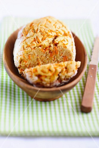 Almond bread with carrots