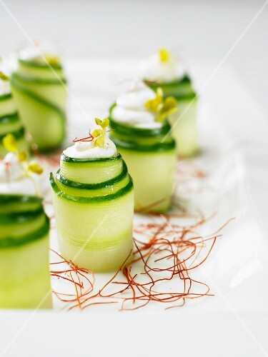 Cucumber rolls on saffron