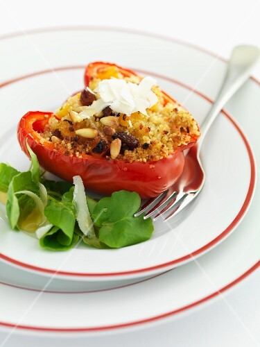 A pepper filled with couscous, pine nuts and raisins